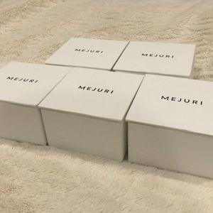 Mejuri gift boxes
